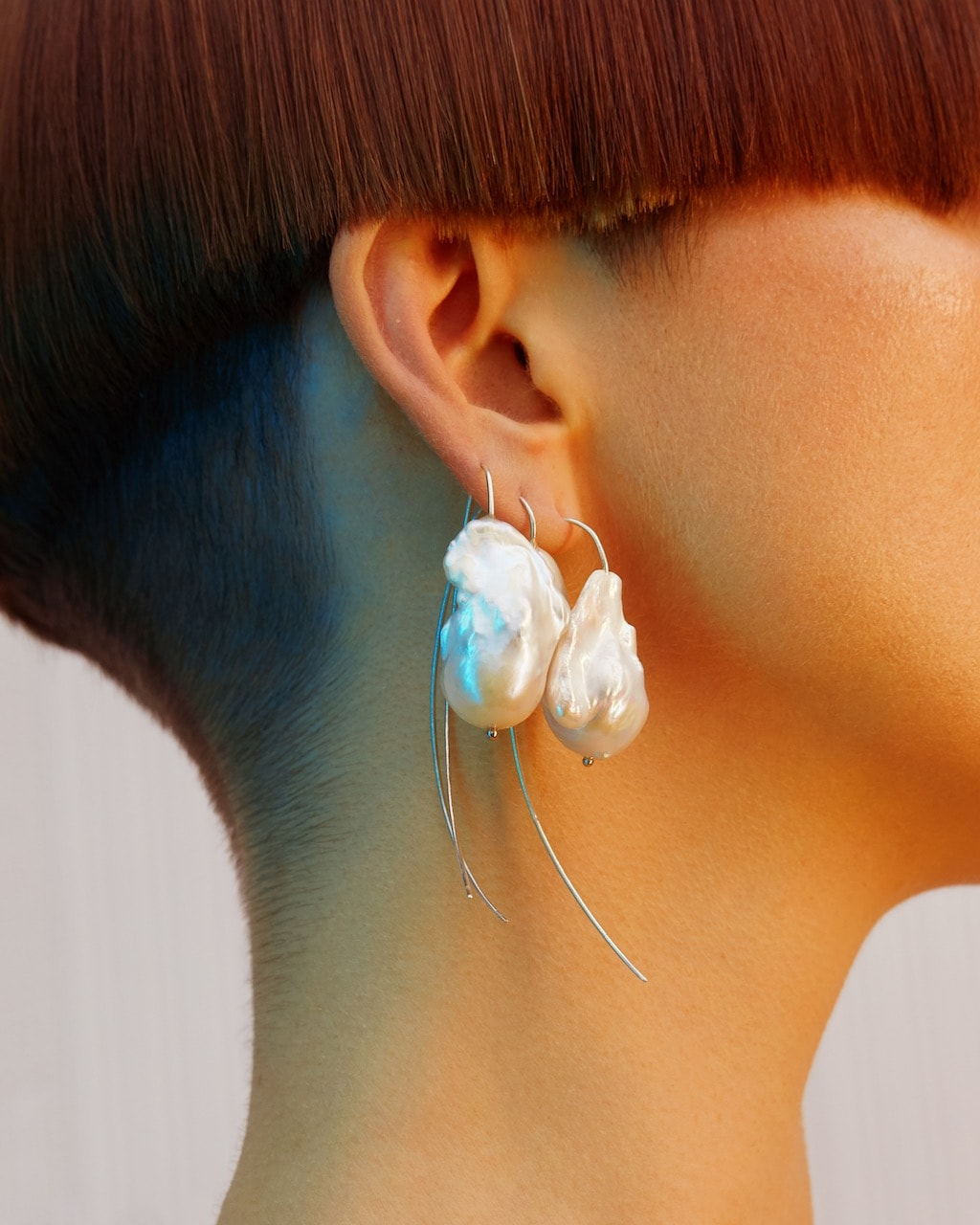 Artiglio Earrings -White